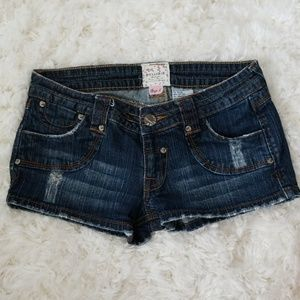 Distressed Denim Short Shorts Embroidered Pockets